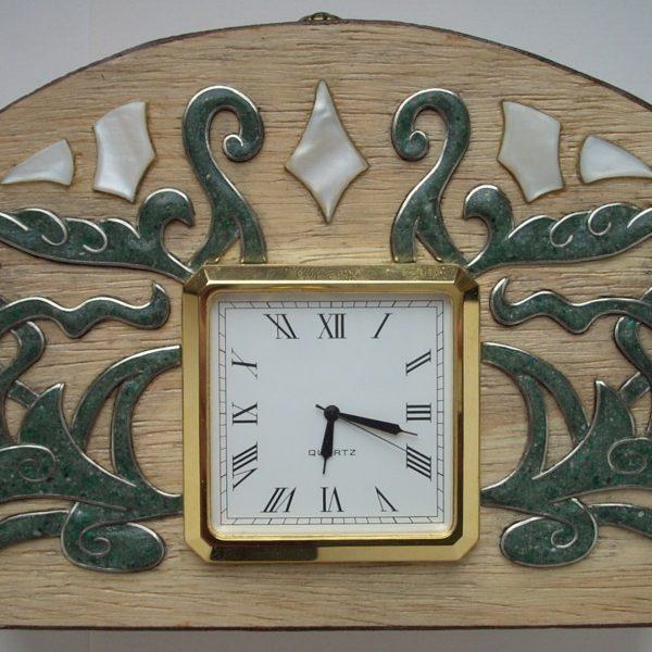 часы настольные арабеск