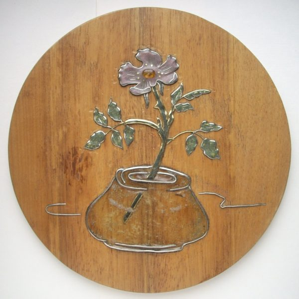 панно с цветком в вазе