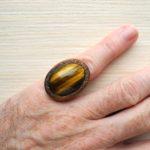кольцо безразмерное с тигровым глазом ракурс 2