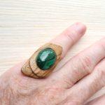 кольцо безразмерное с малахитом ракурс 2